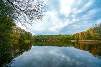 Der Papensee bei Liebenberg im Herbst