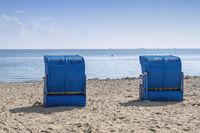 Zwei blaue Strandkörbe, Wyk auf Föhr