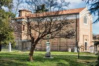 padua, italien - 19.03.2019 - scrovegni-kapelle und dante-denkmal