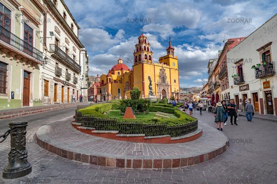 Guanajuato, Mexico - February 26, 2020: Plaza de la Paz and Basilica of Our Lady of Guanajuato cathedral.