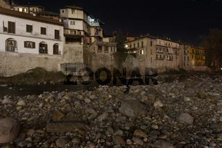 Der Fluss Sesia, Nacht, Varallo