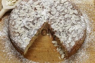 Ricotta Mandelkuchen
