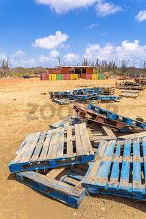 Shed as house with pallets on Bonaire