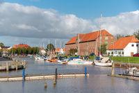 Hafen mit Packhaus in Tönning