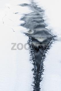 gefrierender Fluss, Lappland