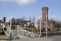 Drehbrücke am Malakoffturm, Relikt der Preussischen Rheinuferbefestigung am Holzmarkt