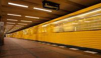 U Bahn Linie 2