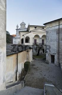 Kapellen auf dem zur Gegenreformation geschaffenen Sacro Monte di Varallo. UNESCO Weltkulturerbe