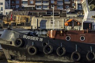 Schlepper Bugsier 18 Hamburger Hafen