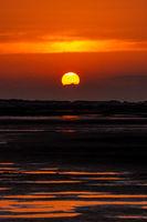 Goldener Sonnenuntergang am Strand-5.jpg