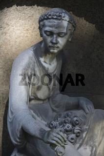 Friedhofskulptur   Cemetery Sculpture
