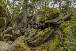 Der Felssturz bei der Louisenruh im Felsenlabyrinth im Fichtelgebirge