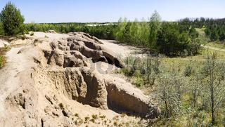 Auswaschungen auf der Hochkippe Pulsberg, rekultivierte Tagebaufolgelandschaft bei Spremberg, Niederlausitz, Brandenburg, Deutschland, Europa