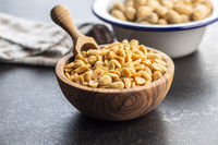 Roasted salted peanuts