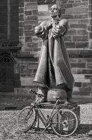 Thomas Muentzer - Der Hueter eines Fahrrades