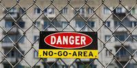 Schild No Go Area, Ghettoisierung, Problemviertel