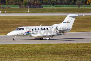 VW Air Services Pilatus PC-24 Flugzeug Flughafen München in Deutschland