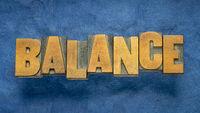 balance word in vintage wood type