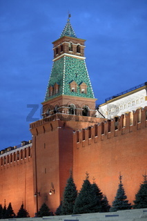 Senatskaja Tower in the Moscow Kremlin by night