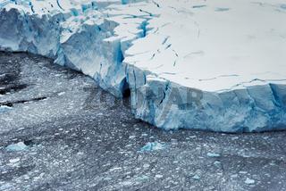 Gletscher bei Neko Harbour, Antarktis
