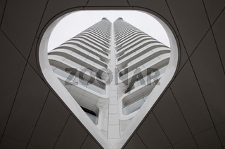 F_Grand Tower_01.tif