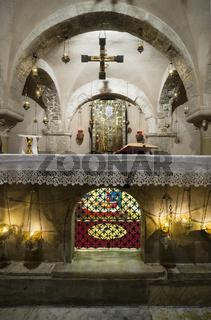 Schrein mit den Gebeinen des Heiligen Nikolaus