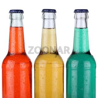 Bunte Limonade Getränke in Flaschen isoliert