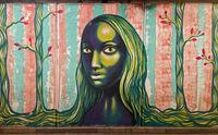 Junge Frau mit langem Haar, Graffiti, Unterführung Baratashvili Brücke, Tbilissi, Georgien