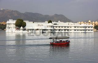 Lake Palace, Jagniwas island, Udaipur, India