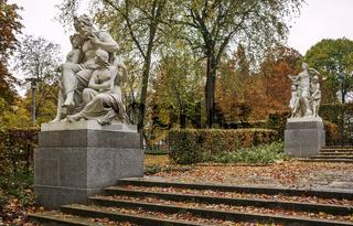 Schillingsche Figuren im Schlossteichpark in Chemnitz