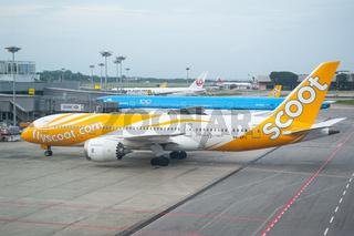 Singapur, Republik Singapur, B787 Dreamliner Passagierflugzeug von Scoot auf dem Flughafen Changi