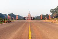 Rajpath boulevard and Rasthrapati Bhawan, New Delhi, India