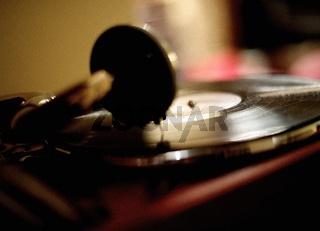 Old vinyl LP playing