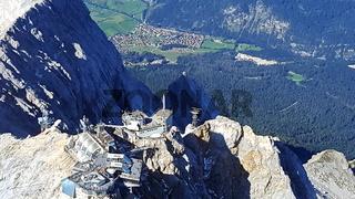 Alpenrundflug über die Zugspitze