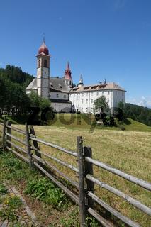 Wallfahrtskirche Maria Weissenstein bei Deutschnofen im Eggental