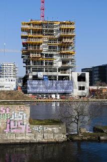 Baustelle Wohnturm an der Spree, Berlin, Deutschland