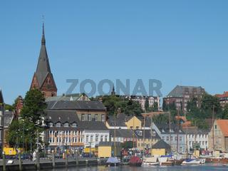 Hafen und Marienkirche in Flensburg