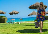 Urlauberin am tunesischen Strand