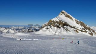 Ski slope and Mt Oldenhorn, Glacier De Diablerets