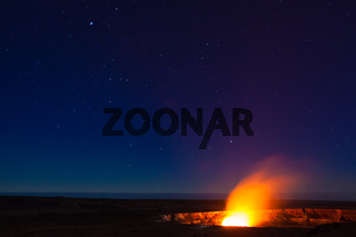 Starry night photos of erupting volcano in Hawaii Volcanoes National Park
