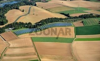 Solarfeld in herbstlicher Flur