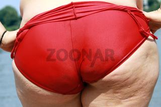 Hintern einer übergewichtigen Frau