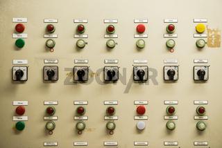 Schaltschrank in der Alten Thermalsoletherme in Bad Soden