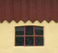 Fenster mit Dach.jpg