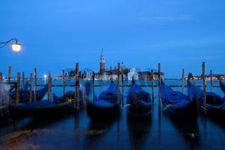 Gondeln 008. Venedig. Italien
