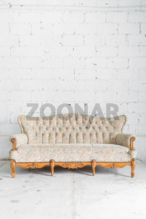 White Vintage Sofa bed