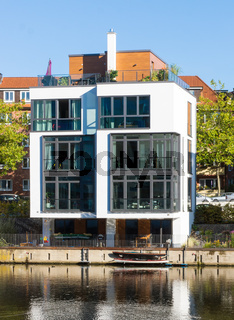 Townhouse am Wasser in Hamburg