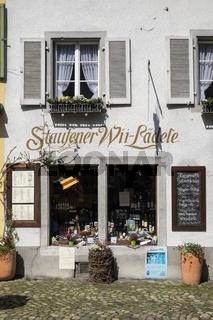 Weingeschäft in der Altstadt von Staufen