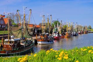 Greetsiel Hafen - Greetsiel harbour 01