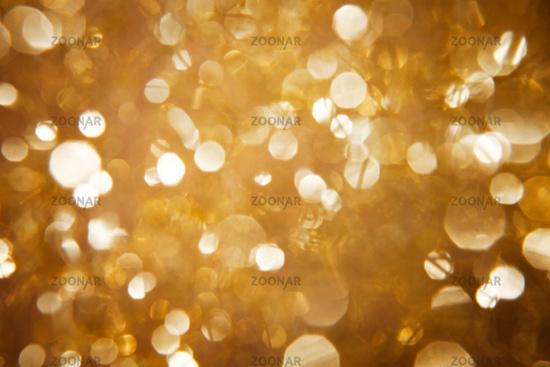 Bokeh in schillerndem Gold